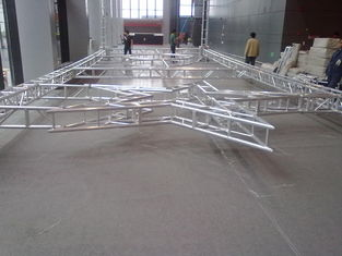 China Beautiful Aluminum Square Truss For Performance  With Aluminum Alloy 6082-T6 supplier
