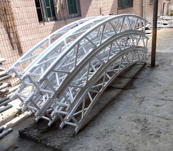 Heavy Duty Aluminum Roof Truss System With Pvc Material