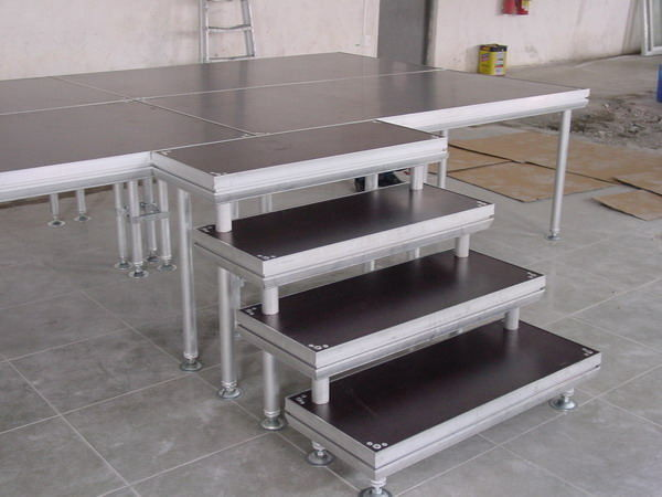 Aluminum Movable Stage Platform , Portable DJ Stage Outdoor Adjustable Height Stage