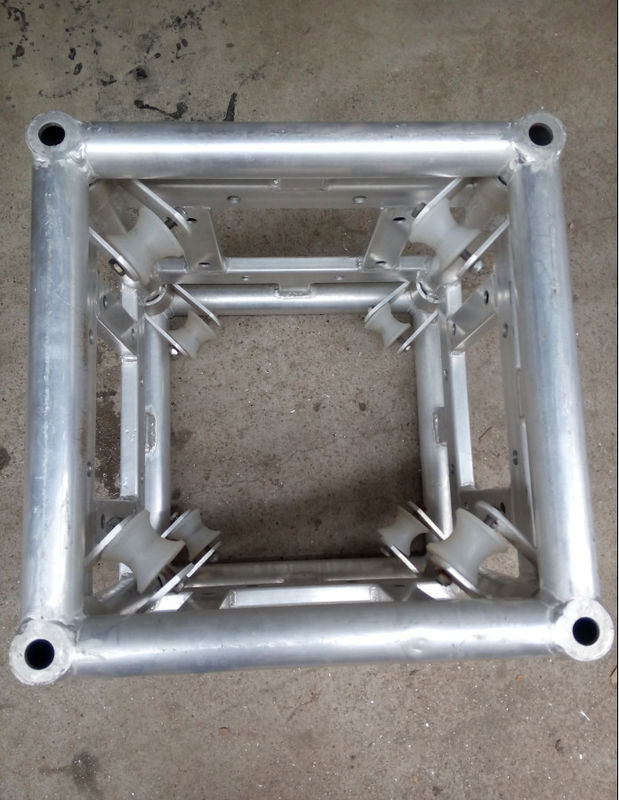 4 Meters Square Stage Light Turss 550mm x 550mm Aluminum Corner Block