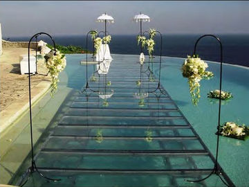 China Swimming Pool Toughened Glass Stage 1.22 X 1.22M For Wedding factory